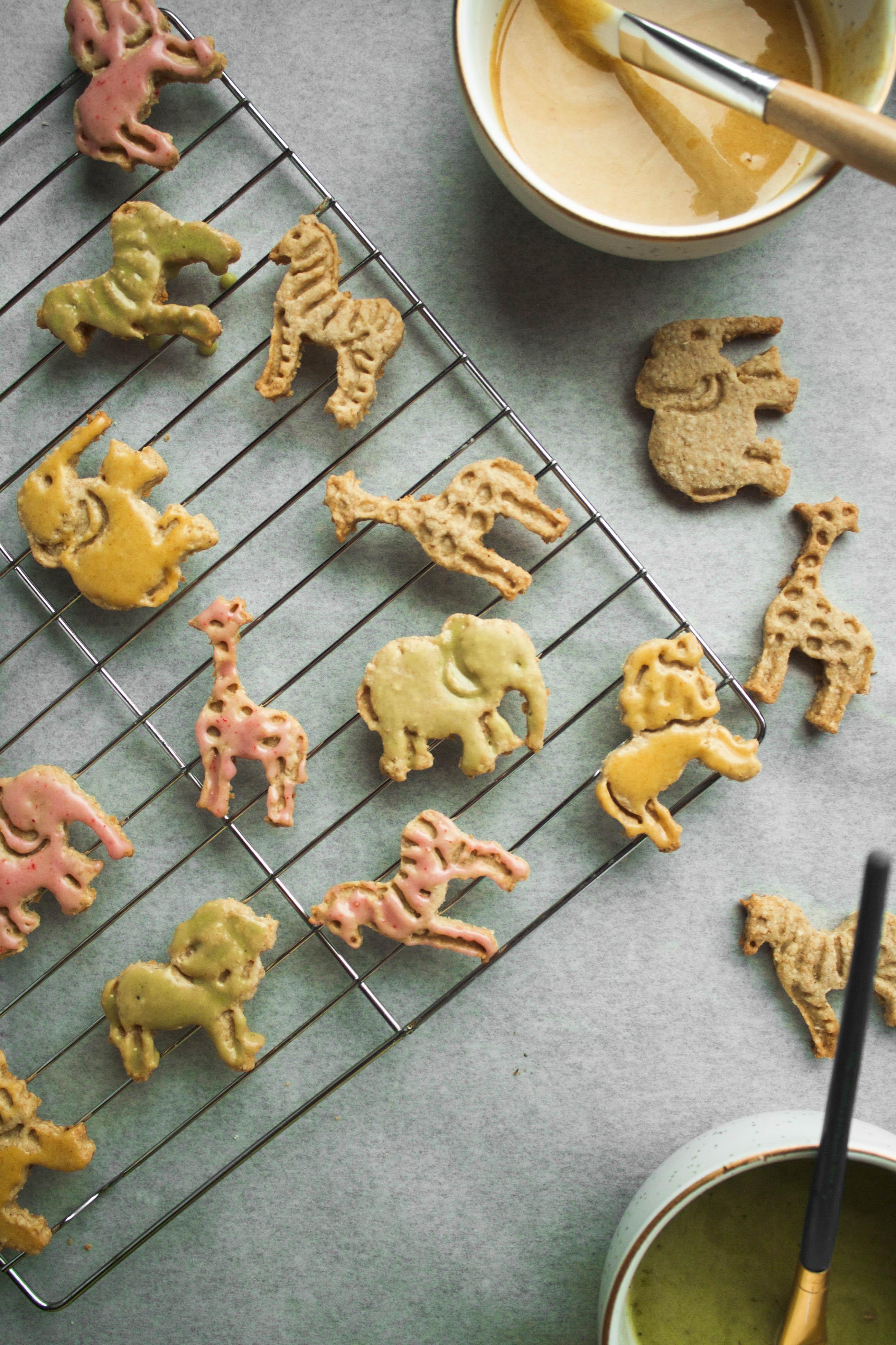 Whole Grain Animal Cracker Cookies - Zestful Kitchen