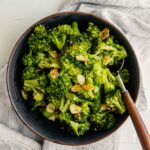 Quick & Easy Garlicky Sautéed Broccoli